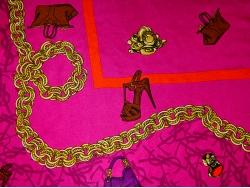 Платок на голову из ткани Yves Saint Laurent розового цвета