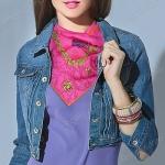 Шейный платок – яркий акцент для весеннего образа
